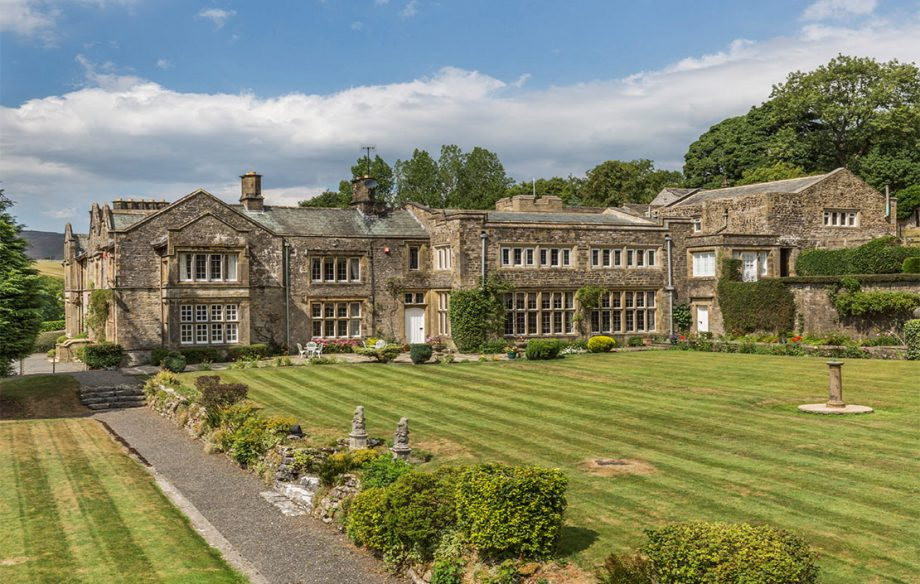 Admirable Nine Of The Best Country Houses For Sale In Yorkshire Download Free Architecture Designs Photstoregrimeyleaguecom