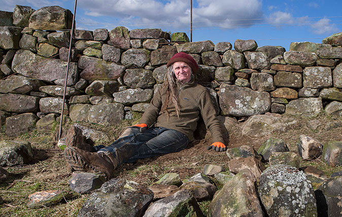 Dry stone wall builder Anthony Gorman ©Richard Cannon / Country Life Picture Library