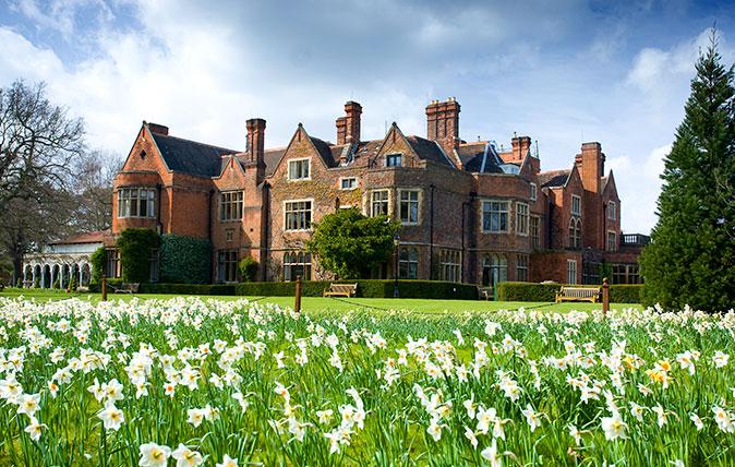 Warren House - Kingston-upon-Thames, Surrey