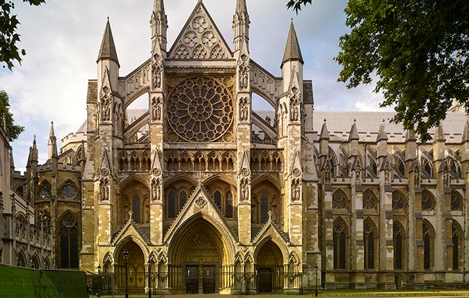 Westminster Abbey and the new Queen's Diamond Jubilee Galleries (Photo © Paul Highnam/Country Life Picture Library)