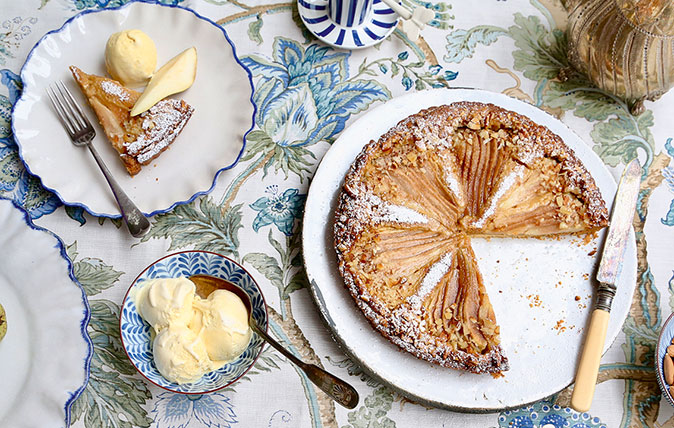 Recipe: Dulce-de-leche tart with pear, almonds and ice cream