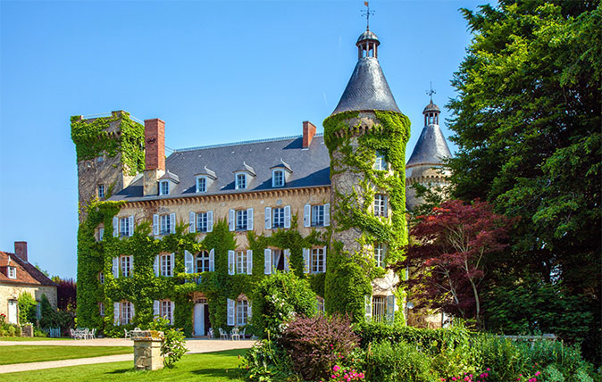 Bargain chateau in France