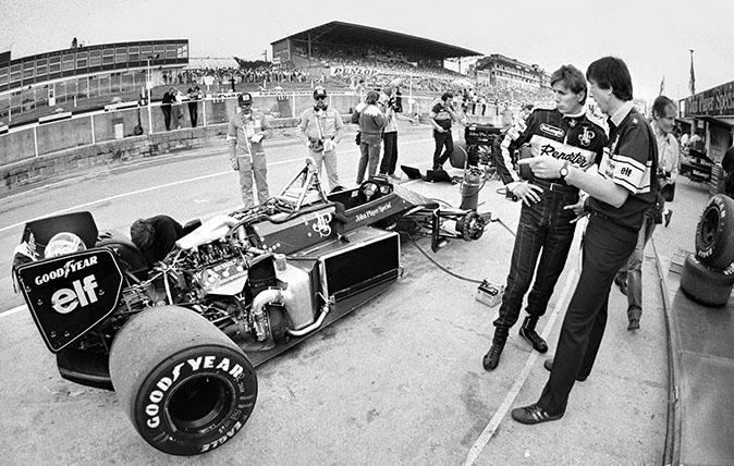 Johnny Dumfries at British Grand Prix 1986