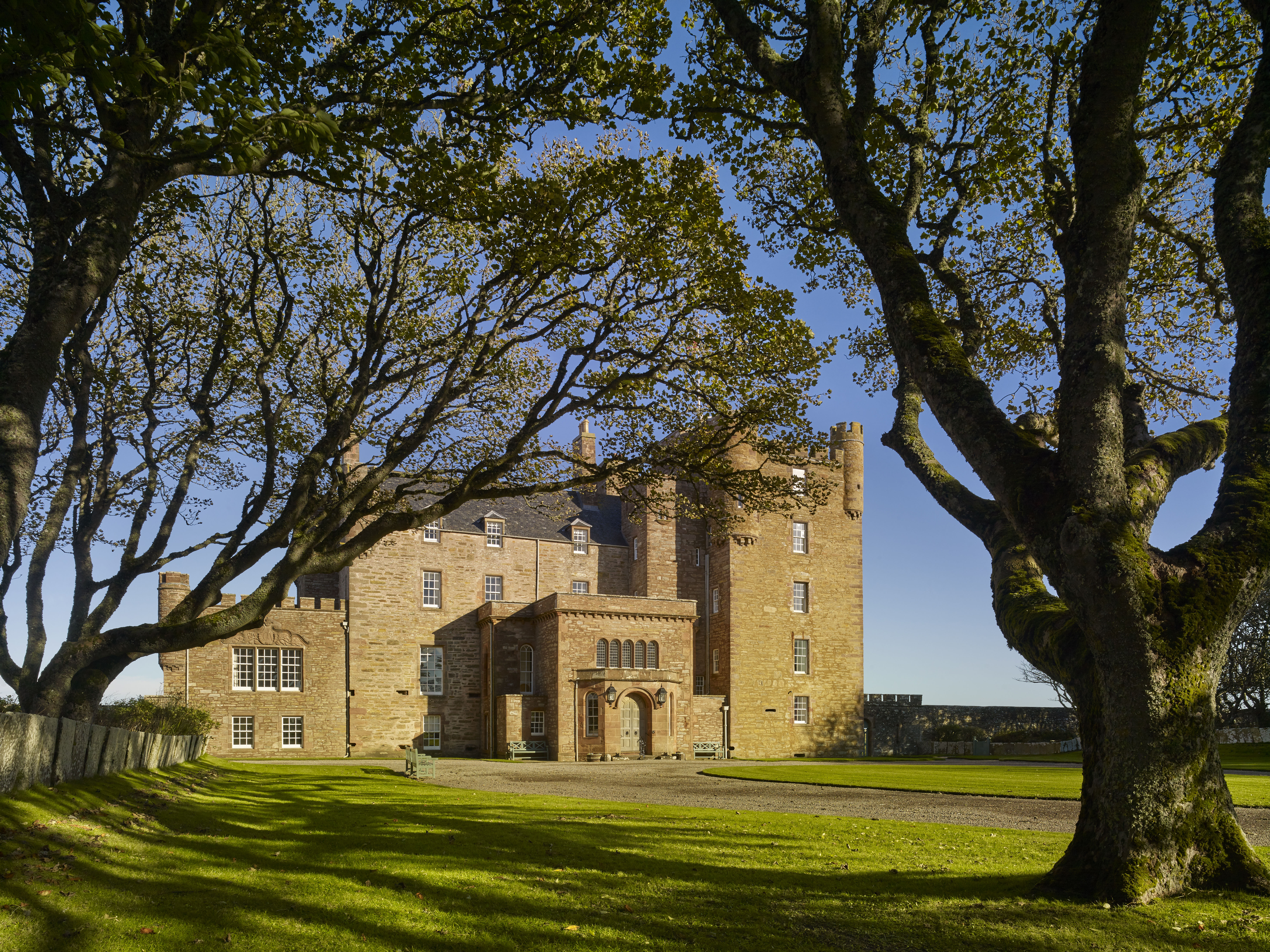 The Castle Of Mey Inside The Queen Mother S Beloved Home