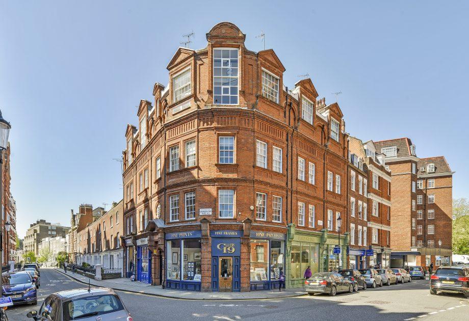Kensington Court Place
