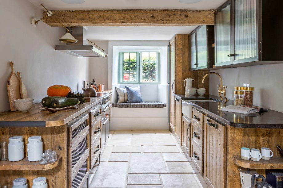 A New Kitchen Given Huge Character Thanks To The Beauty Of Reclaimed Wood