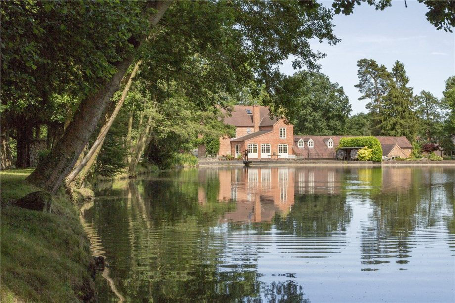 Old watermill for sale in Knowle