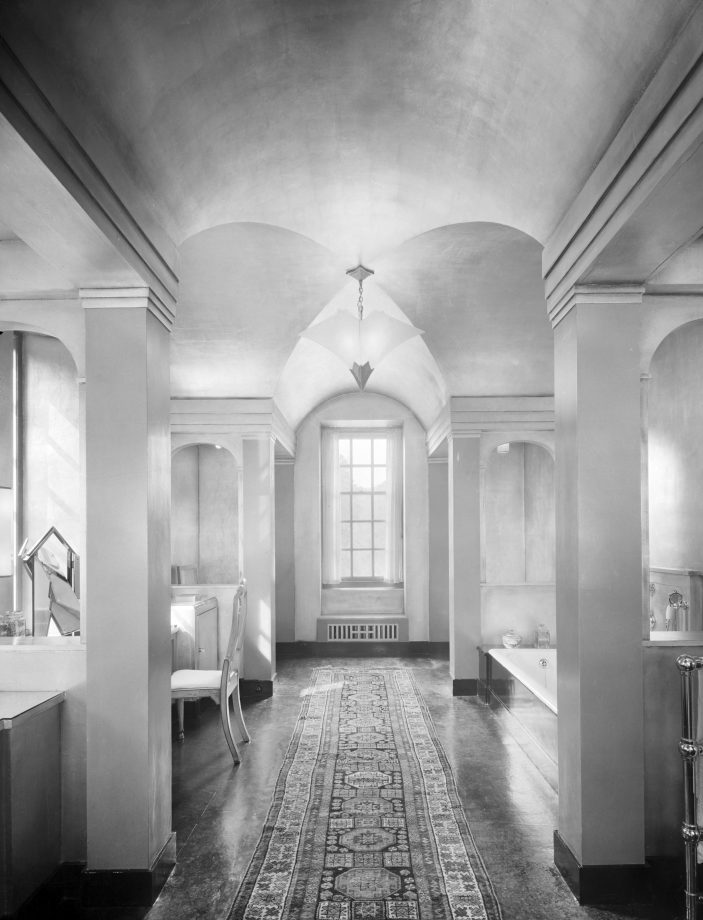 The bathroom at Upton House, photographed in the summer of 1936.