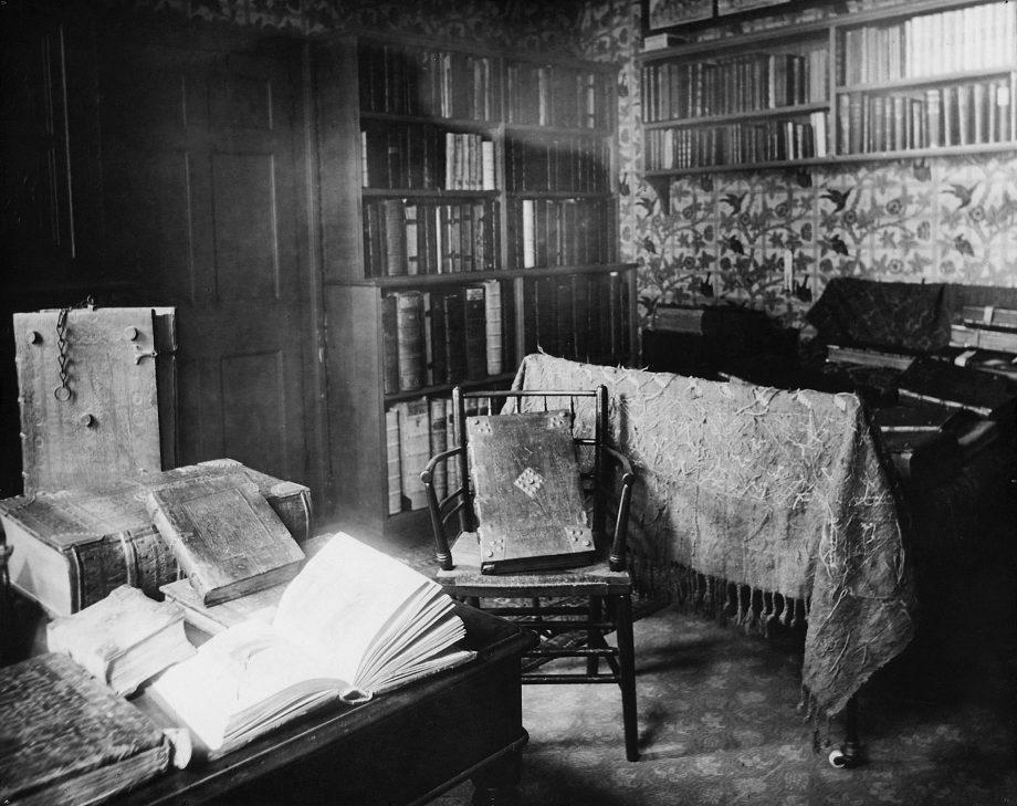 William Morris's bedroom at Kelmscott House, Hammersmith