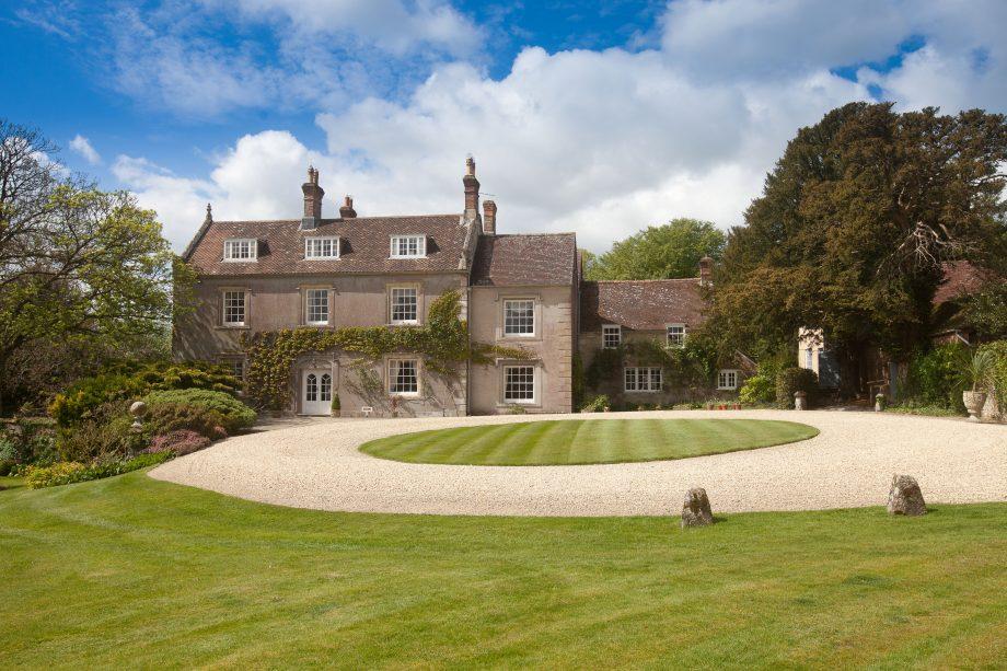 Pertwood Manor Farm
