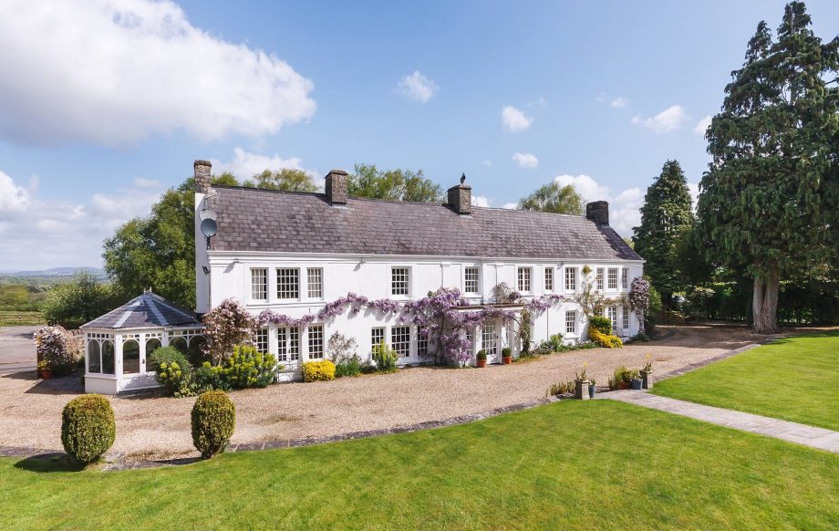 A wisteria-clad home in the Vale of Glamorgan, with an ancient arboretum and modern swimming pool