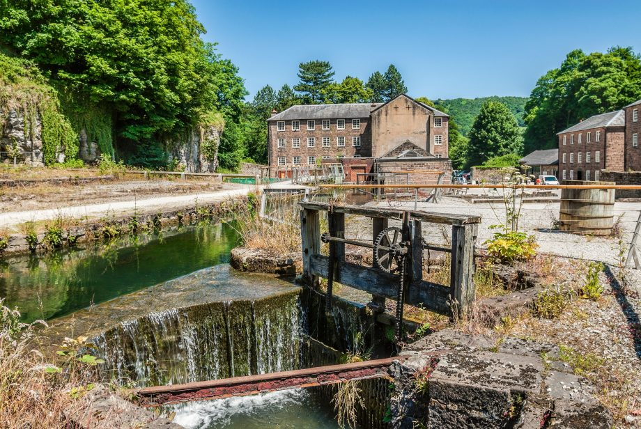 Cromford Mill, at the world's first water-powered cotton spinning mill developed by Richard Arkwright in 1771 in Cromford, Derbyshire.