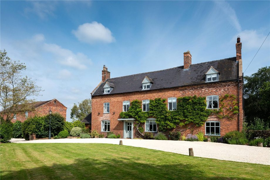 16 beautiful homes for sale, as seen in Country Life
