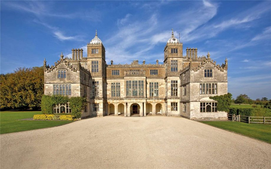 8 simply magnificent properties for sale, as seen in Country Life