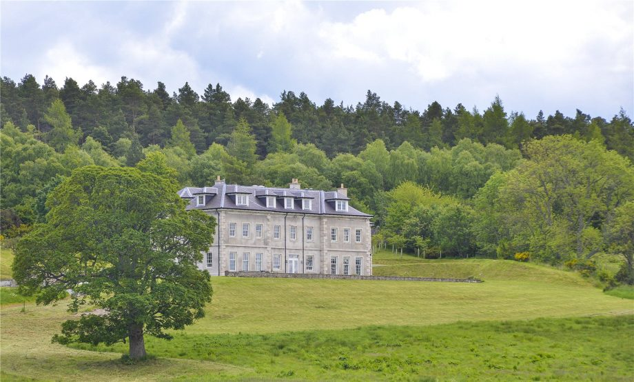 Cairnty Estate
