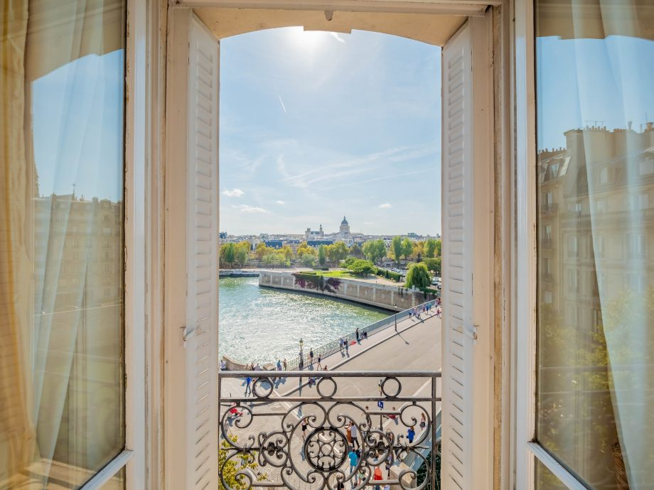 House for sale in Paris