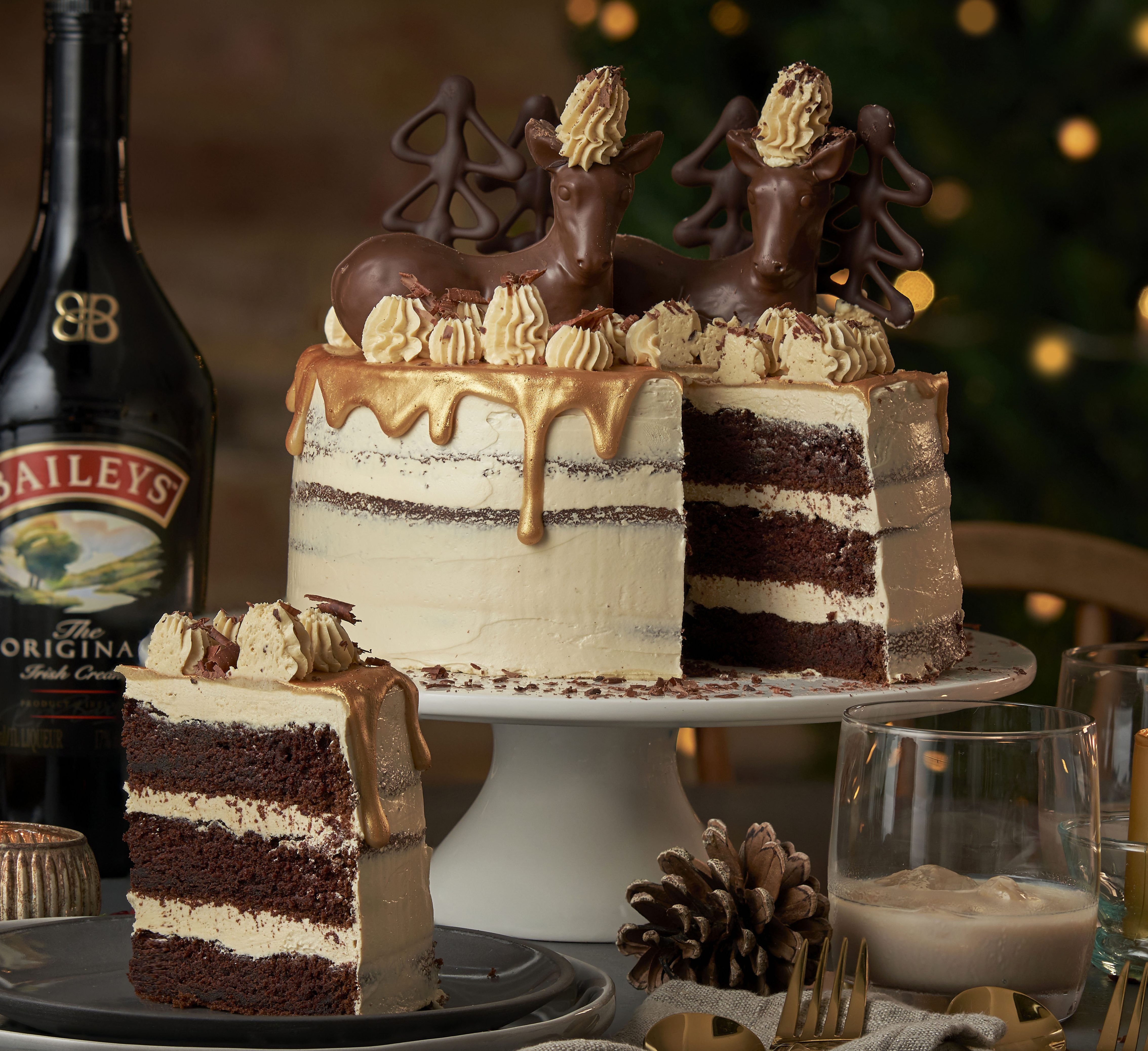 How to make a show-stoppingly festive Bailey's chocolate cake