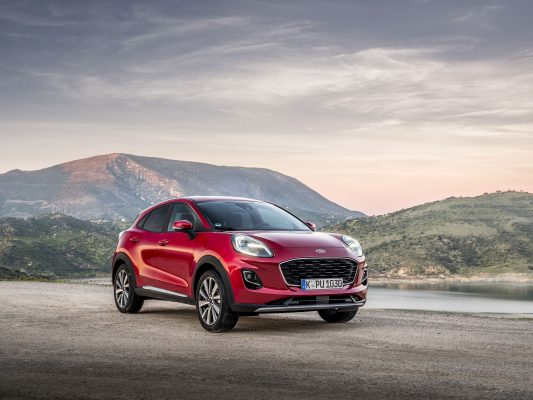 Grabbing a slice of mid-winter sunshine, with golf, biking and a Ford Puma - Country Life