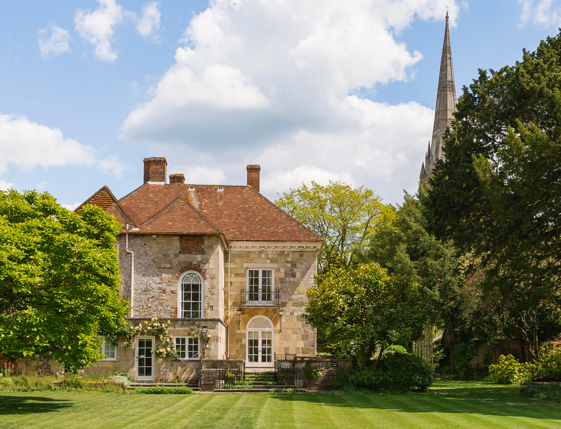 Arundells, Salisbury: Inside the private sanctuary that was the beloved home of a former statesman - Country Life