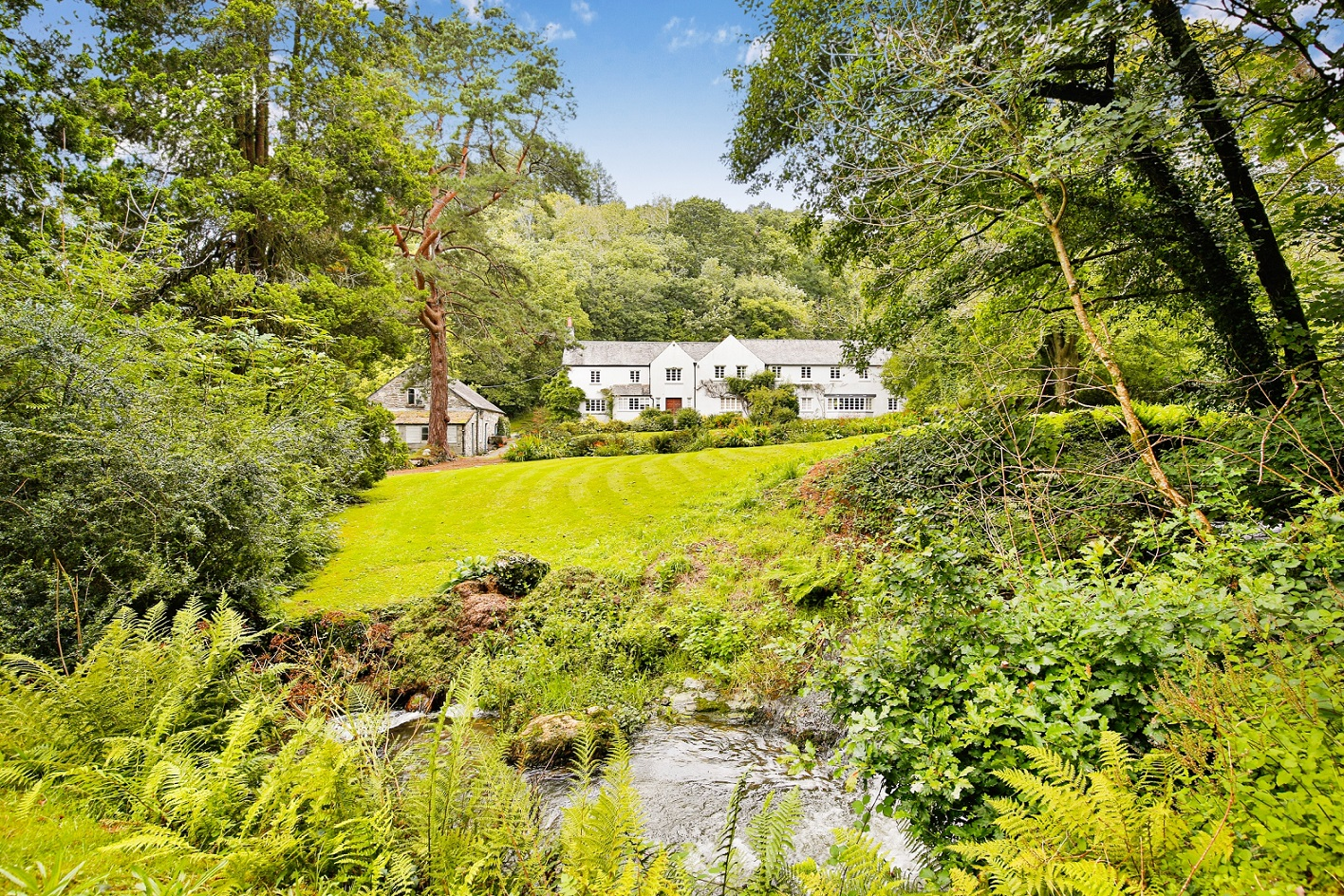 A pocket-sized estate on Dartmoor with a little bit of everything, including a 10-bedroom house and a river - Country Life