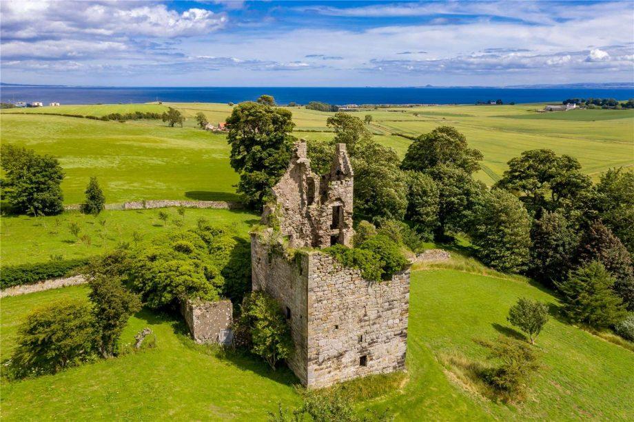 View of piteadie castle