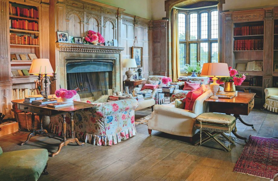 The library of designer Bridget Elworthy