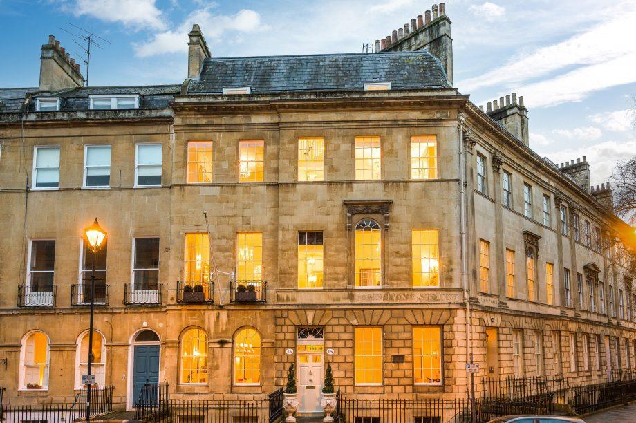 The facade at Pitt House, Bath