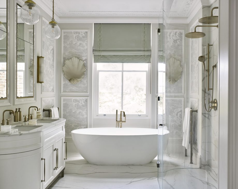 London bathroom designed by Gunter & Co
