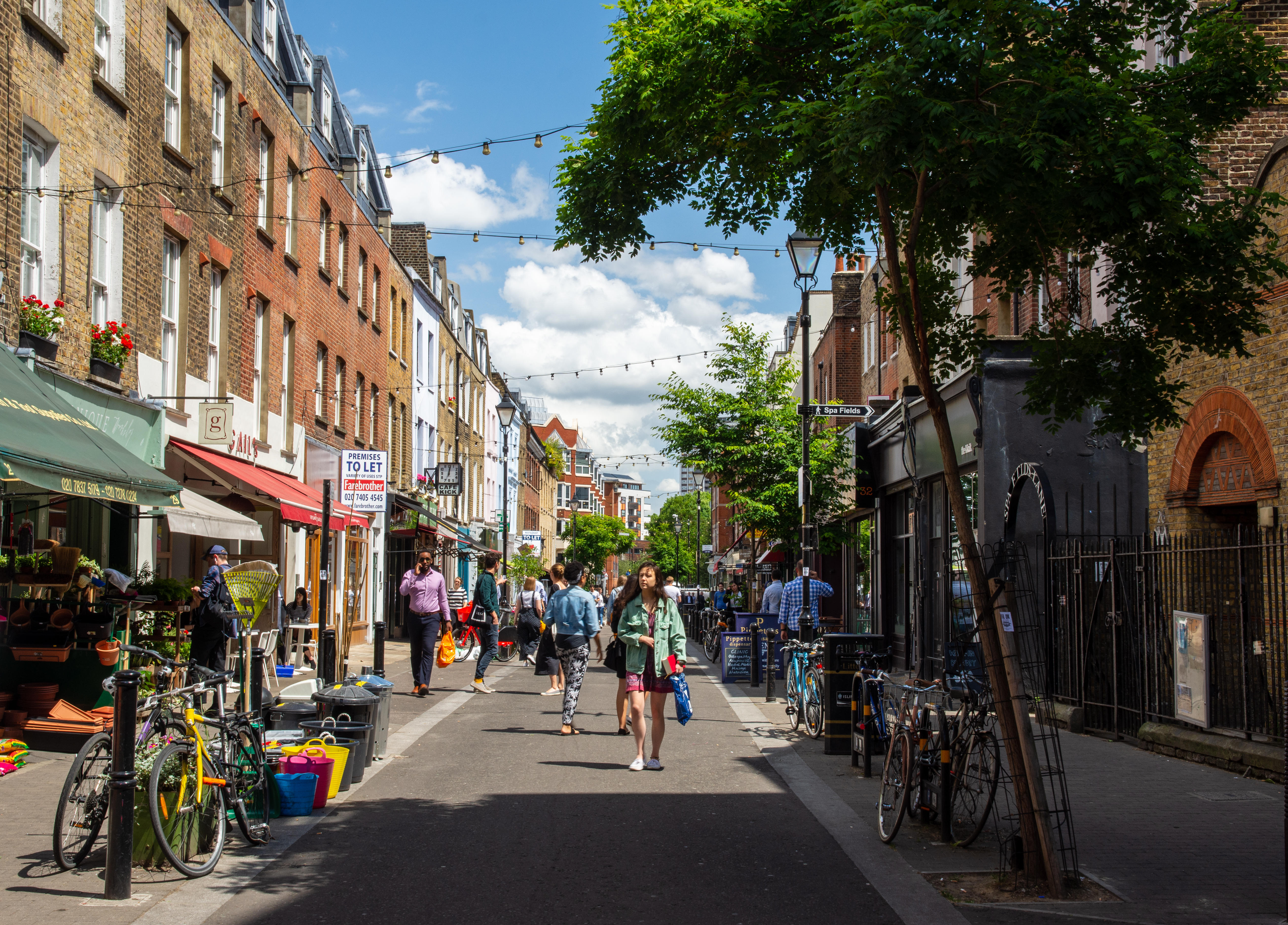 How Clerkenwell turned from monastic outpost into a hotbed of revolutionaries only to become one of London's most sought-after villages - Country Life