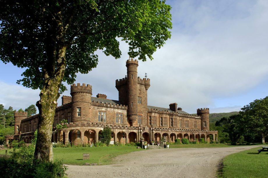 The castellated entrance tower at Kinloch Castle, built in 1897 to designs supplied by Leeming and Leeming of Halifax. Pub Orig CL 12/08/2009 Photograph: Simon Jauncey/Country Life Pictiure Library