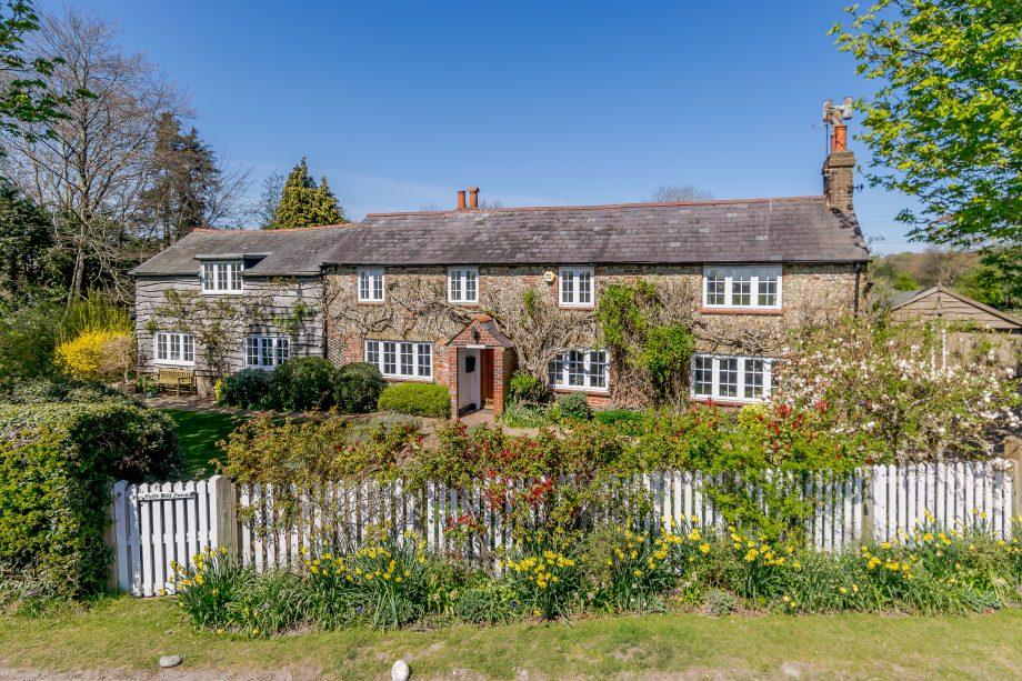 Frith Hill Farm, Knight Frank, £1,375,000