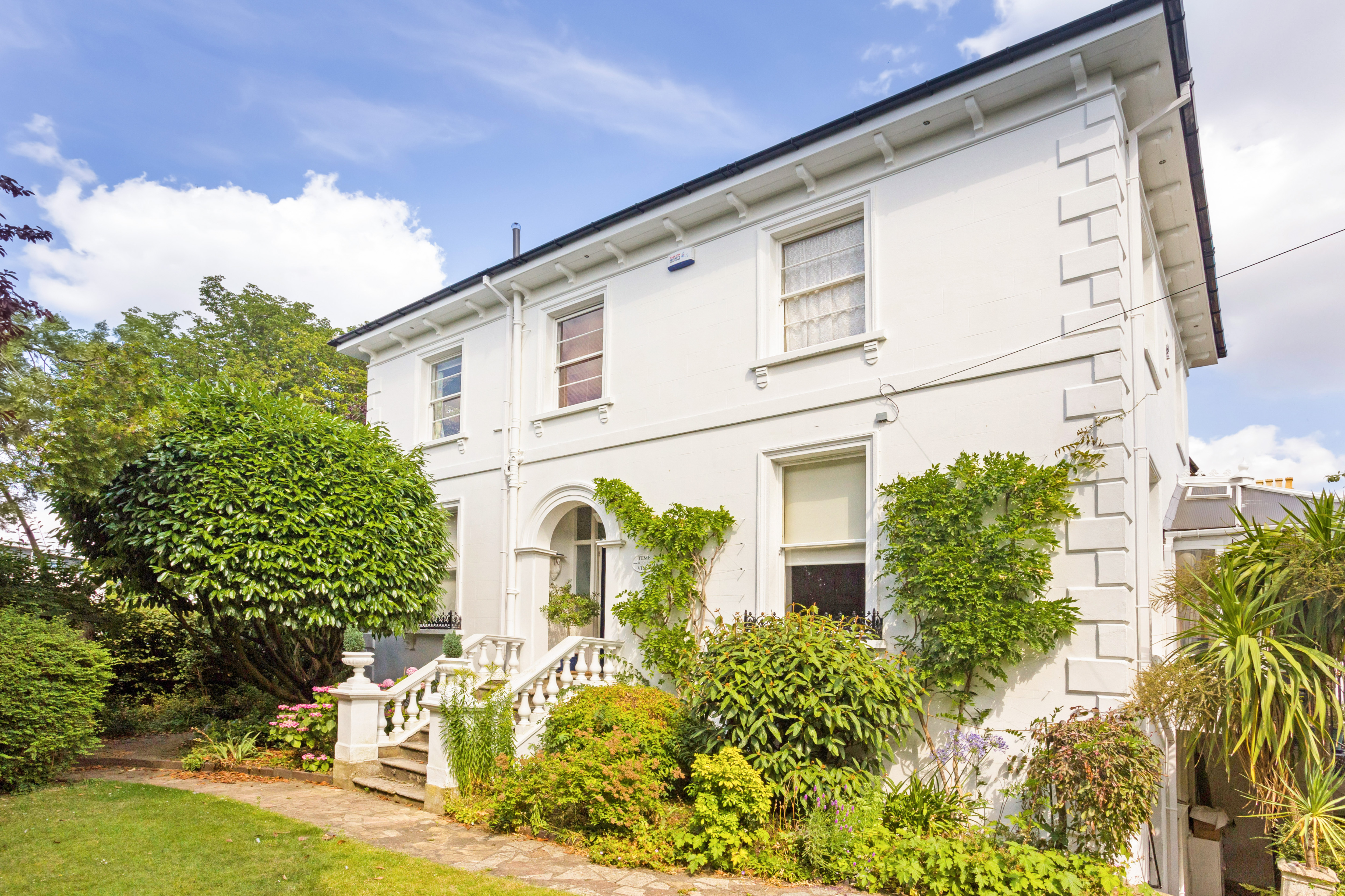 A truly elegant period villa just a few minutes from Cheltenham racecourse that's full of potential - Country Life