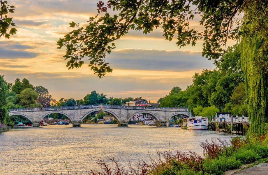 Quiet view of Richmond Bridge.