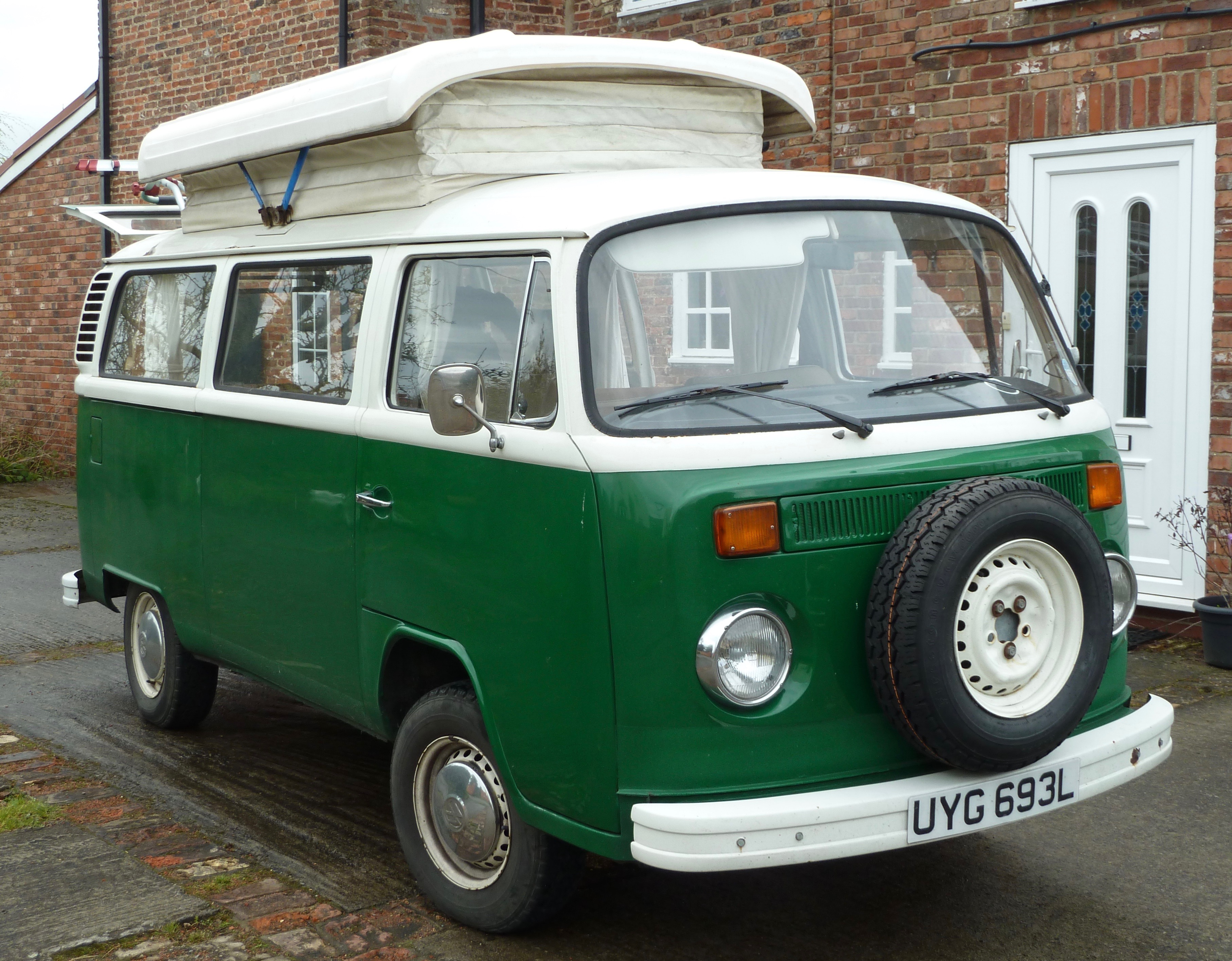 Vw t2 camper for sale volksworld for 16 window vw bus for sale